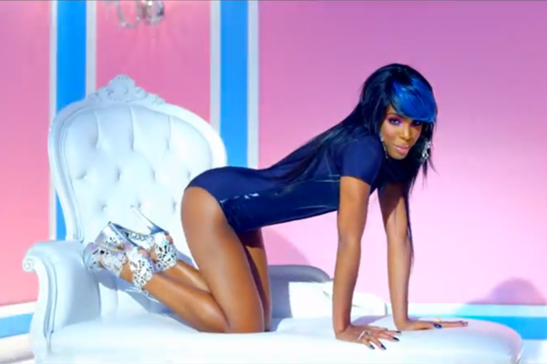 Kelly-Rowland-Kisses-Down-Low-Vid