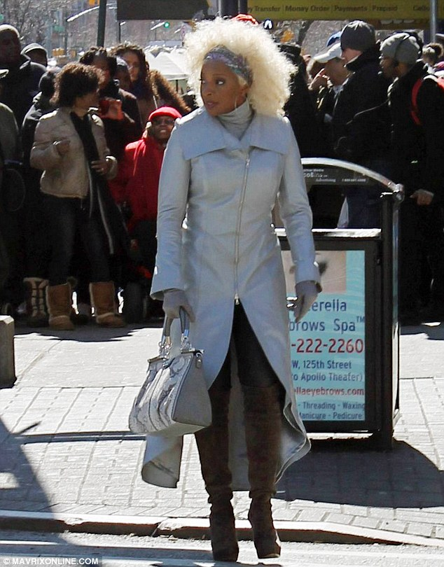 Mary-J-Blige-Shoots-Black-Nativity-In-NYC
