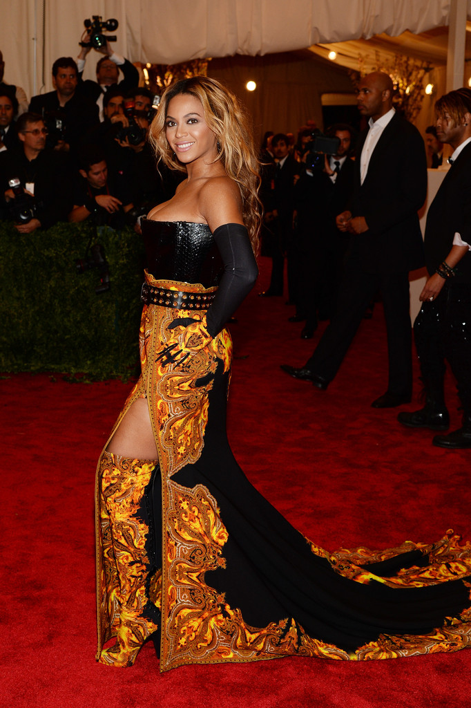 Beyonce+Knowles+PUNK+Chaos+Couture+Costume+qiSja9Qx9IQx