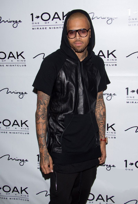 Chris-Brown-1OAK-B-Day