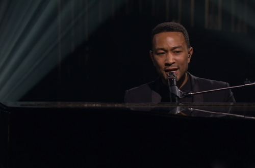 John-Legend-Yahoo-On-The-Road-Concert