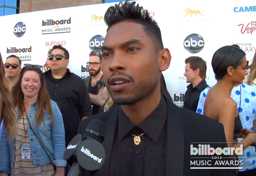 Miguel-on-Billboard-Red-Carpet