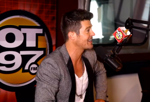 """Robin Thicke Talks Explicit """"Blurred Lines"""" Video, Leaving 'Real ..."""