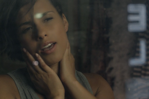 Alicia-Keys-Tears-Always-Win-Video
