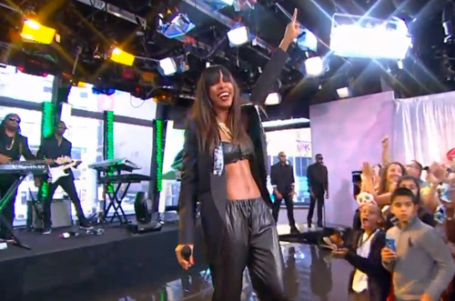 Kelly-Rowland-Street-Life-on-Good-Morning-America