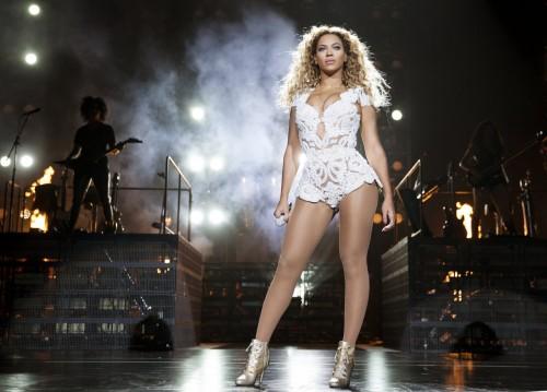 Beyonce tumblr_murlzanFTJ1rqgjz2o1_1280
