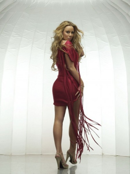 widget_background_EOM_Reddress_over_the_shoulder