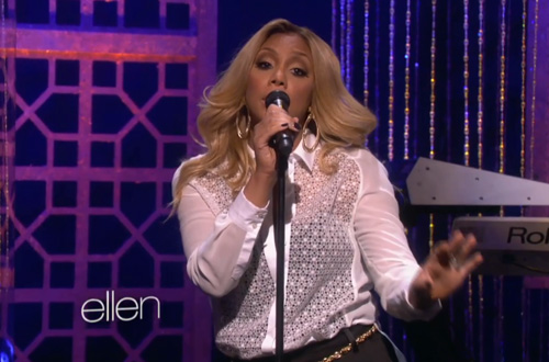 "Tamar Braxton Performs ""All The Way Home"" Live On Ellen"