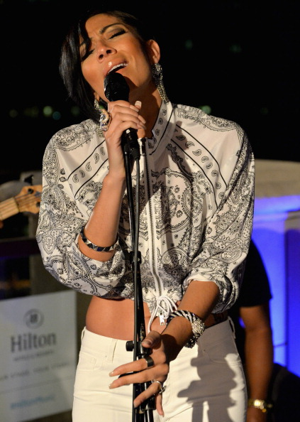 Bridget Kelly Performs Live At Hilton Checkers