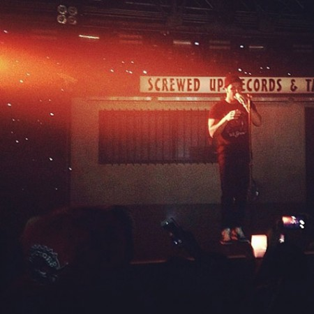 drake-warehouse-live-1