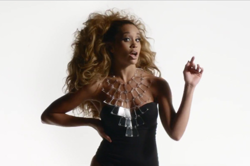 Lion-Babe-Impossible-Video