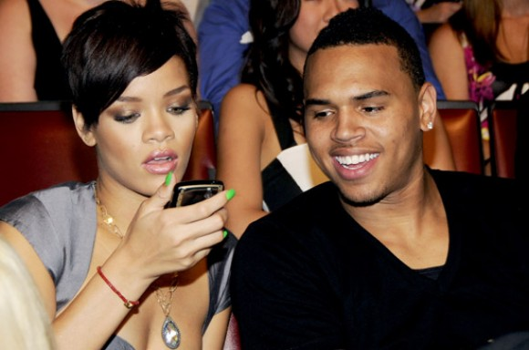 Chris brown sexting