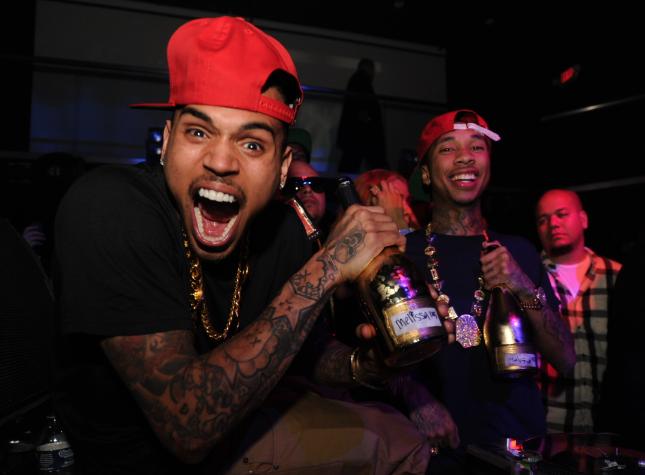 New Music Chris Brown Gettin Money Throw These Racks Tags Thisisrnb Com New R B Music Artists Playlists Lyrics