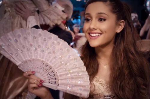 Ariana-Grande-Right-There-2