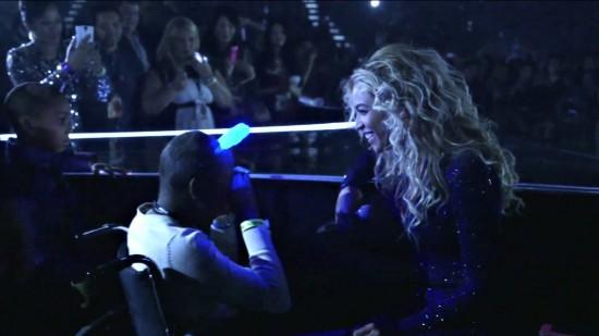 Beyonce-Taylon.jpg