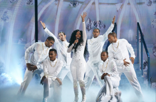 K. Michelle Performs at Soul Train Awards 2013