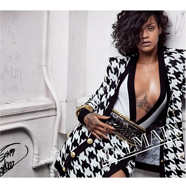 Rihanna Balmain 1