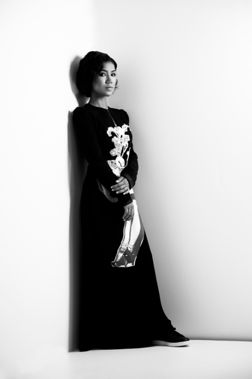 Jhene Aiko Elle 4