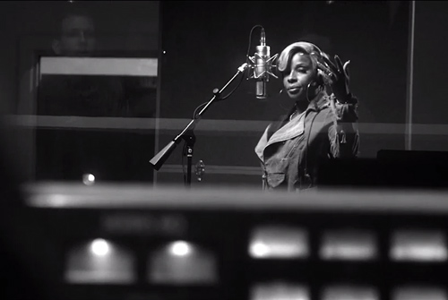 Mary-J.-Blige-Right-Now