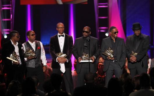 Johnny+Gill+Soul+Train+Awards+2012+Show+aEErVqYV31nl