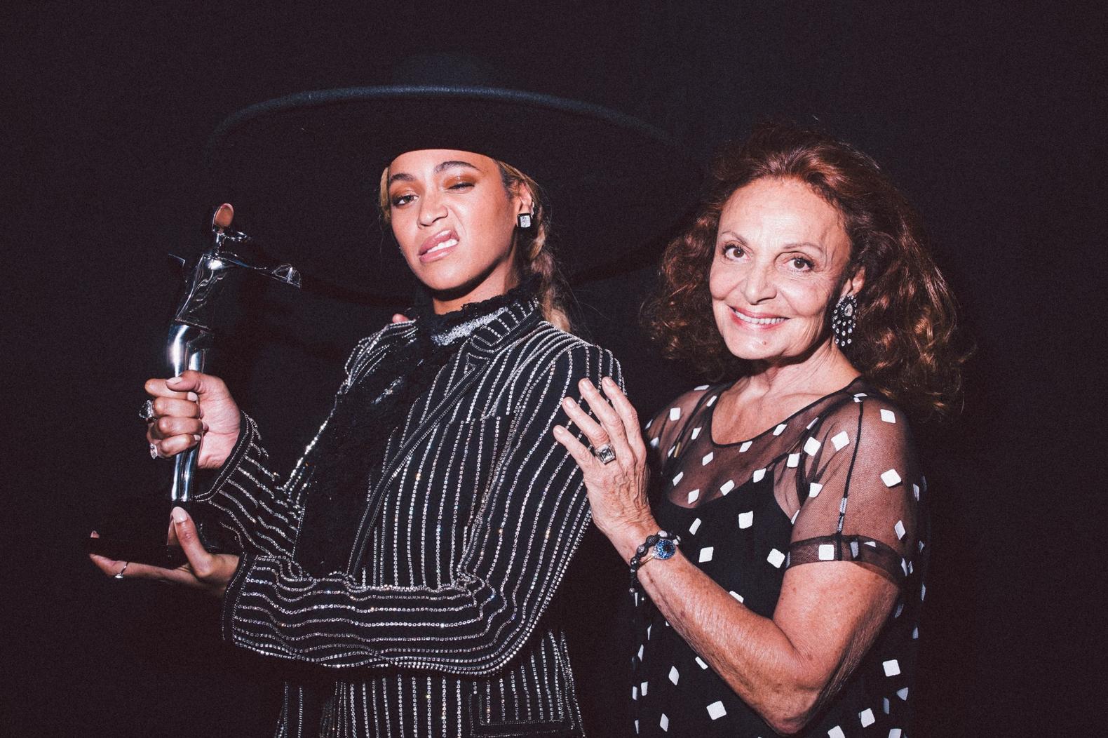 Beyonce CDFA Icon Award