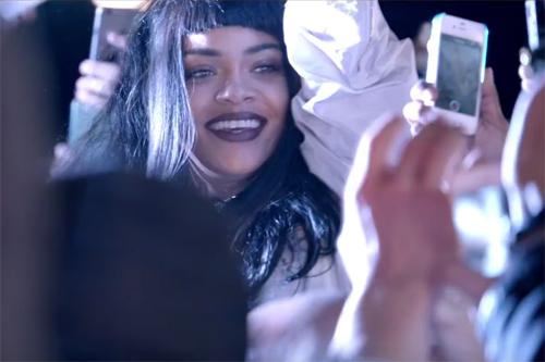Rihanna-Goodnight-Gotham